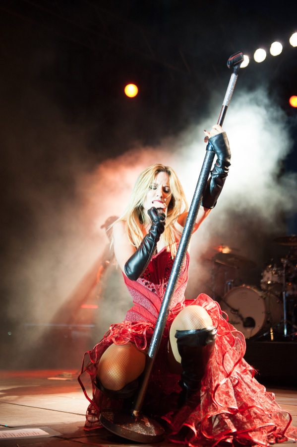 Picture of Edurne by the Spain music photographer Miguel Alegre